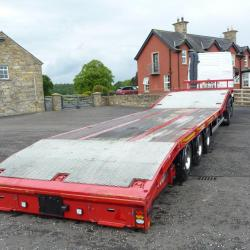Montracon 13.6m Machinery trailer